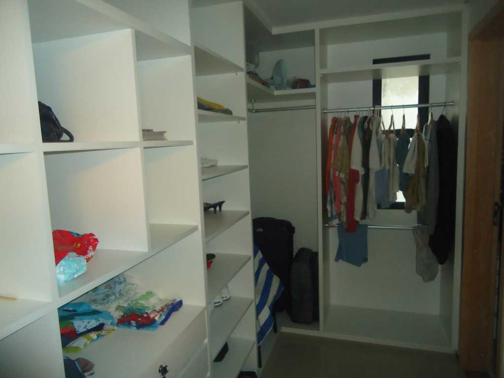 APARTAMENTO BEIRA MAR FORTALEZA #7B2C2B 1024x768 Banheiro Closet