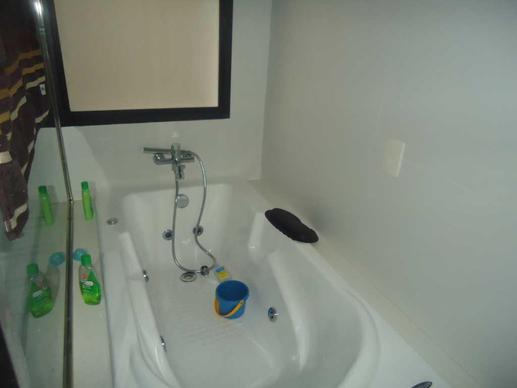 banheiro banheira de hidromassagem suíte máster #1B4565 1024x768 Banheira De Banheiro